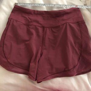 Lululemon Shorts Maroon (4)